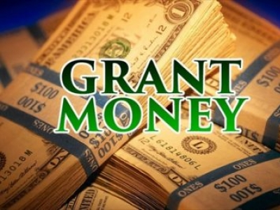 Ivey awards grant to prepare Franklin County students