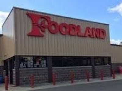 Foodland Grocery Store Manager Reported To Have Threatened Employees With Slitting Cats' Throats