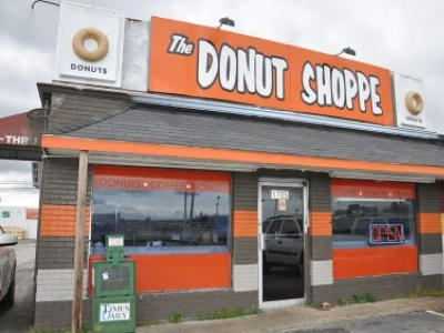 Donut Shoppe Welcome in Florence